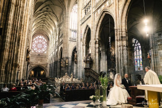 Wedding at stunning St. Vitus Cathedral at Prague Castle with a reception at Villa Richter