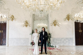A Beautiful Autumn Wedding Held in Prague in Clam Gallas Palace and Villa Richter